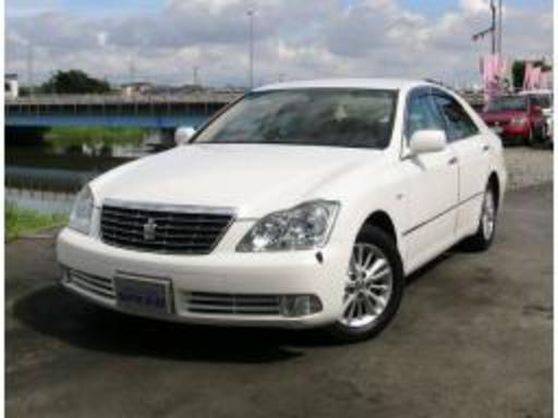 Toyota Crown Royal Saloon. Stock No: 8246; Available; Export size: 12.66 m3