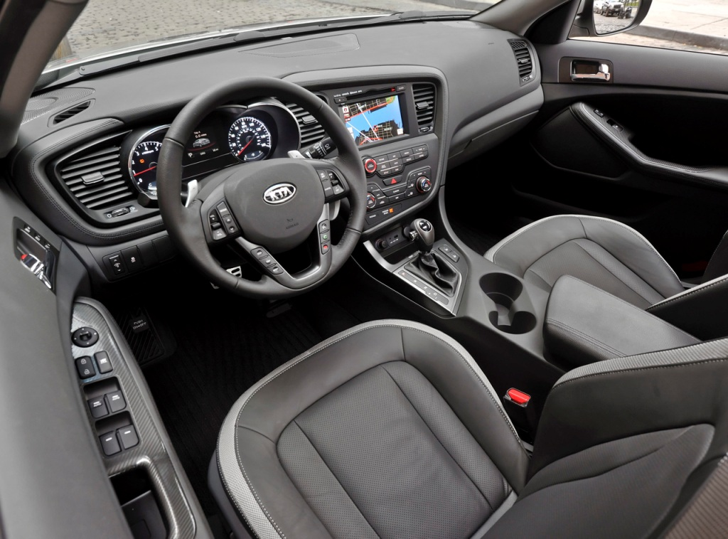 2011 Kia Optima car: engines, dimensions, colors, specs, tires ...
