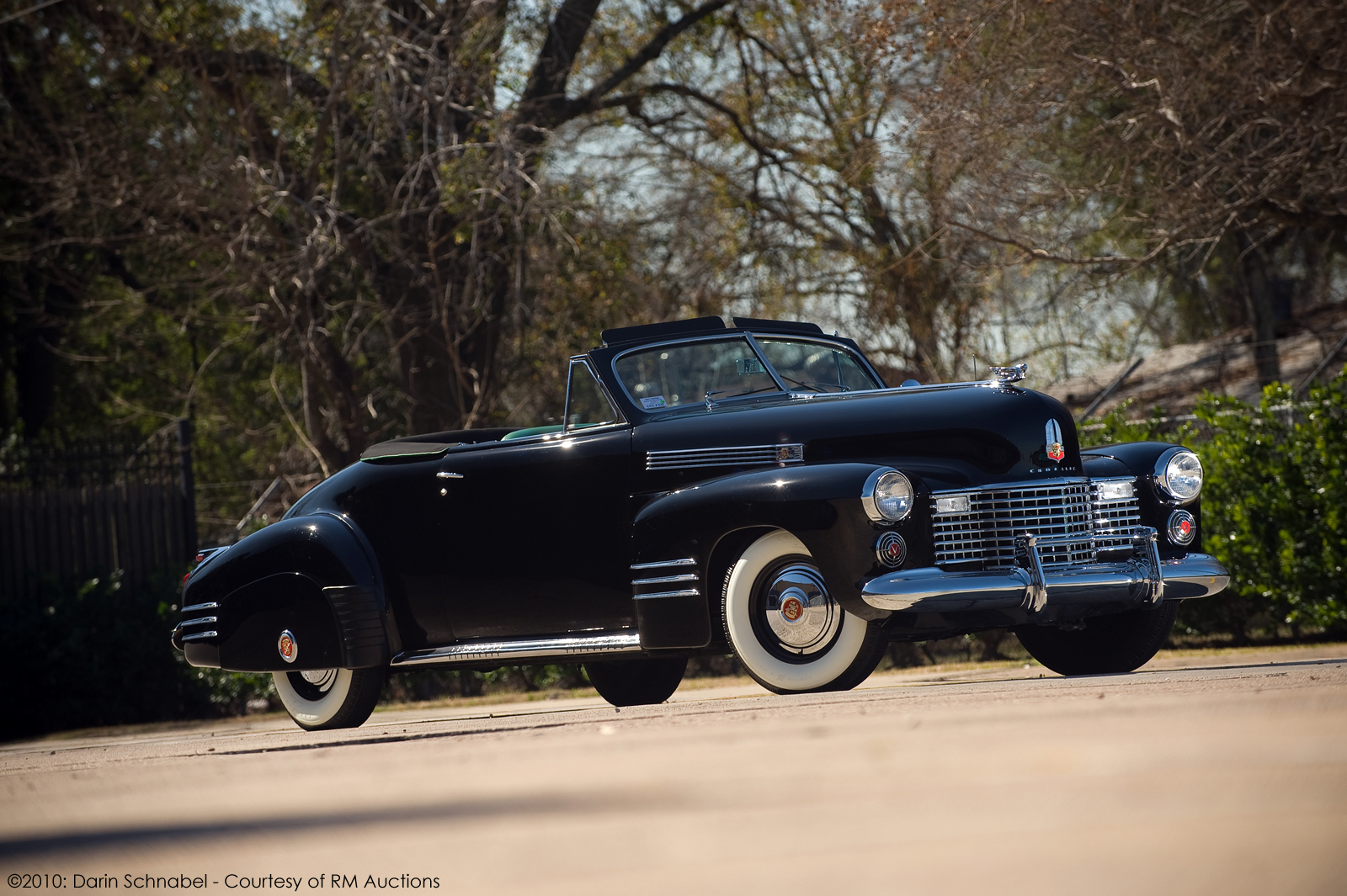 Fleetwood Cadillac Series 62 Convertible Coupe 1941