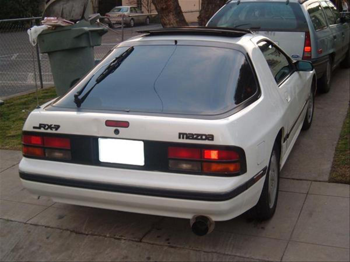 1987 Mazda RX-7 GXL. Engine. Rebuilt ported with ported UIM and LIM,TB mod