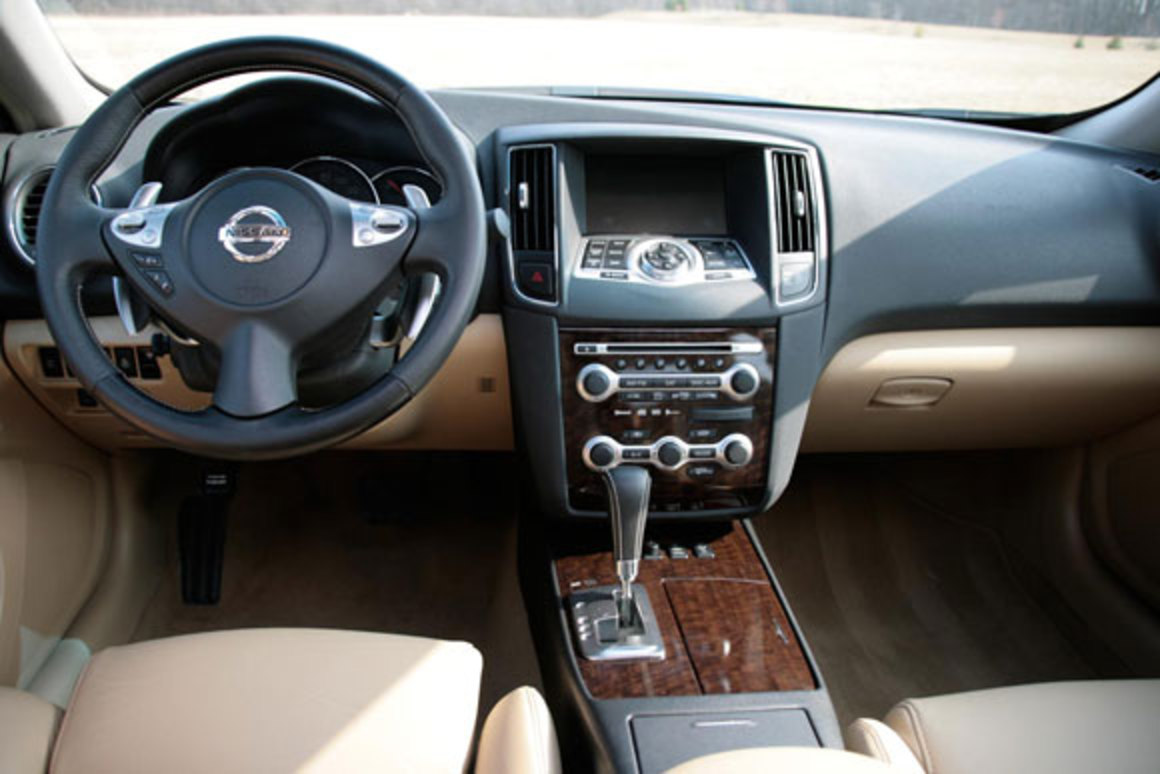 Related GalleryReview: 2009 Nissan Maxima