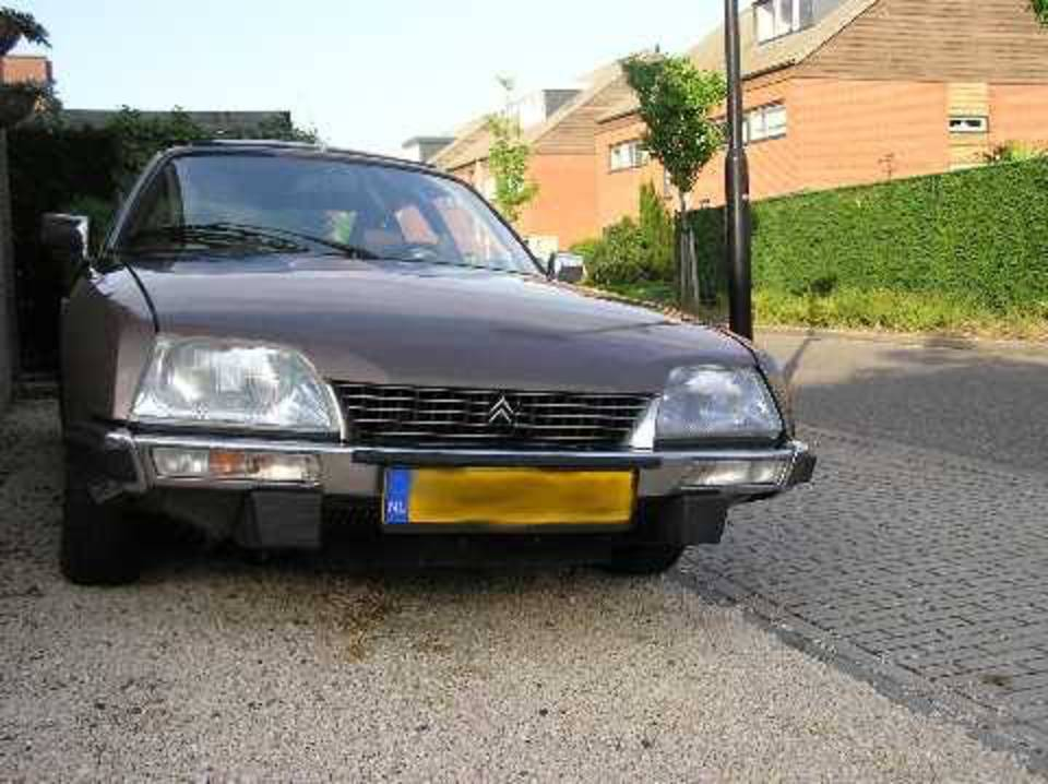 Autoreviews | Citroen CX 2400 Injection Pallas