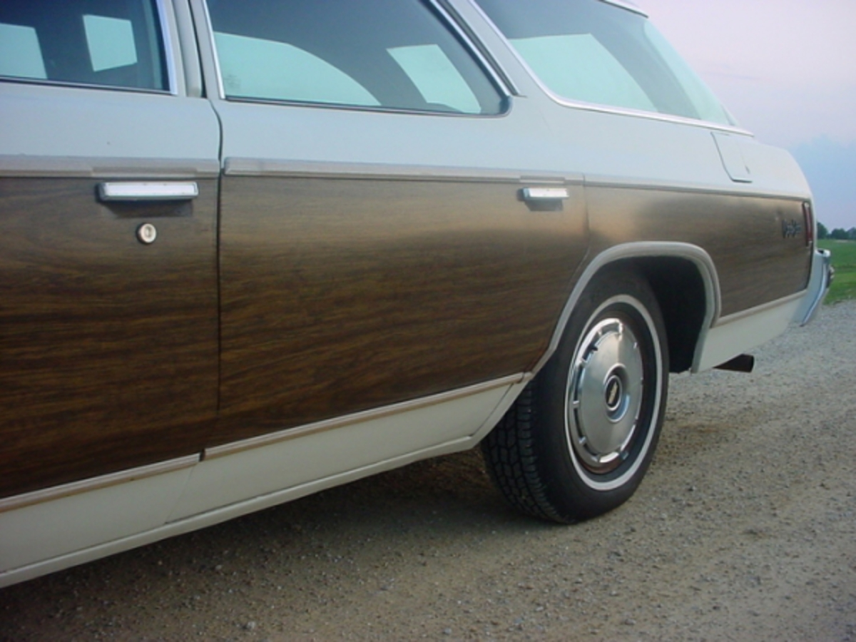Station Wagon of the Day - 1975 Chevrolet Caprice Estate Wagon