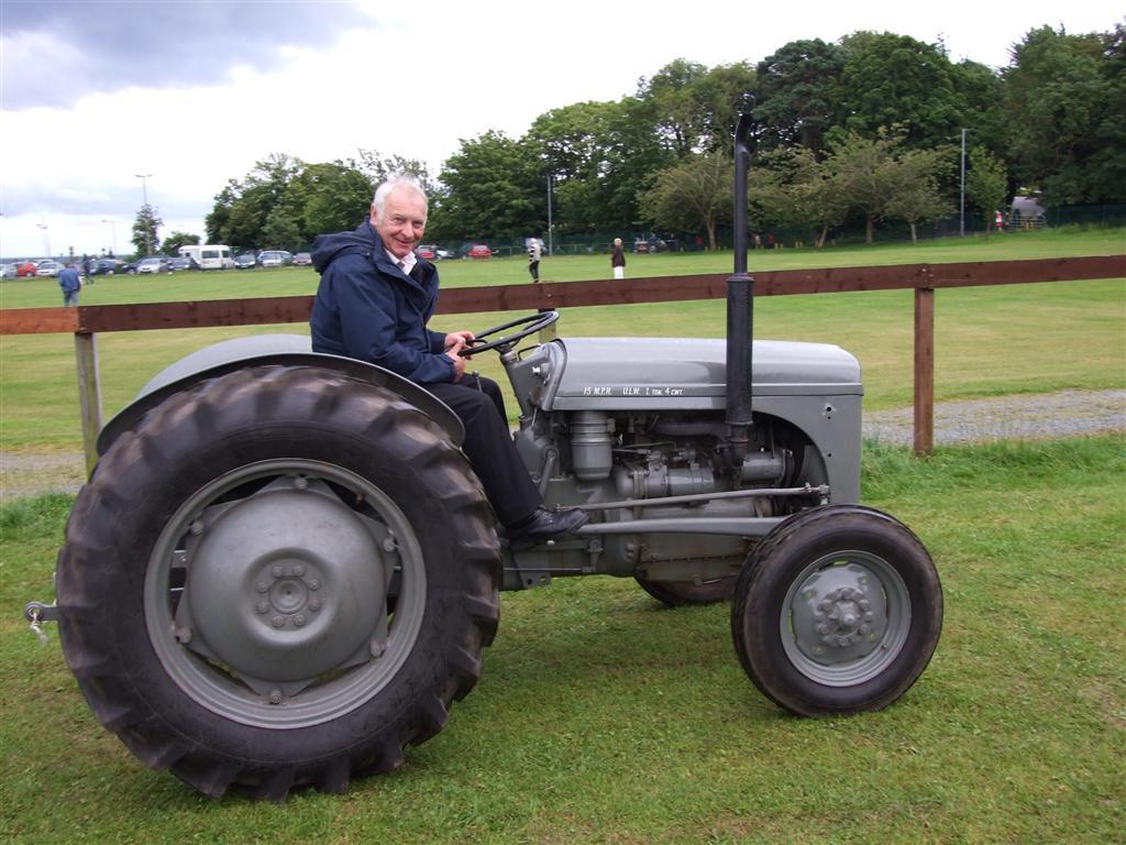 Cynddylan On A Tractor Essay Writing