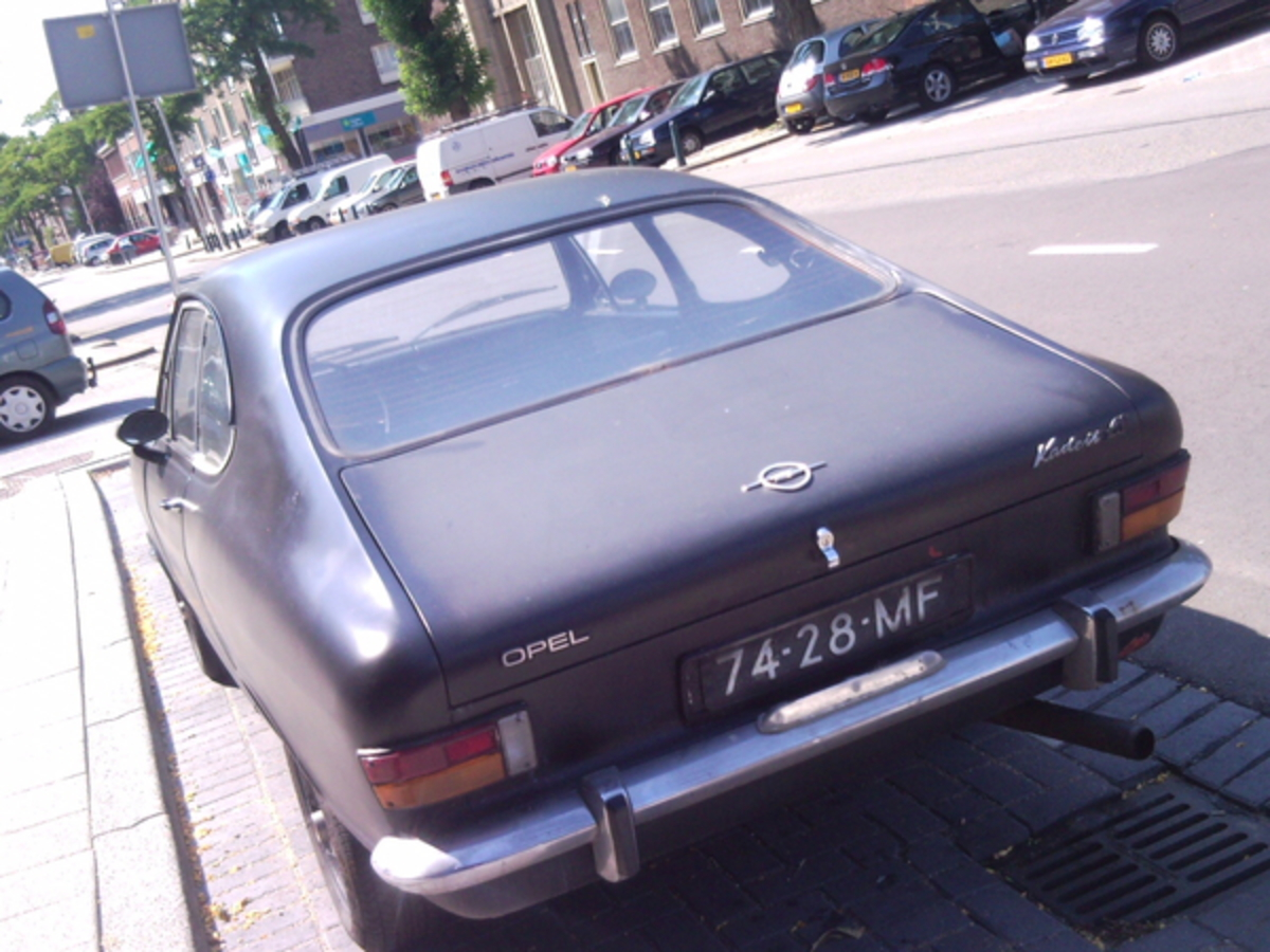 Opel Kadett LS coupe - huge collection of cars, auto news and reviews,