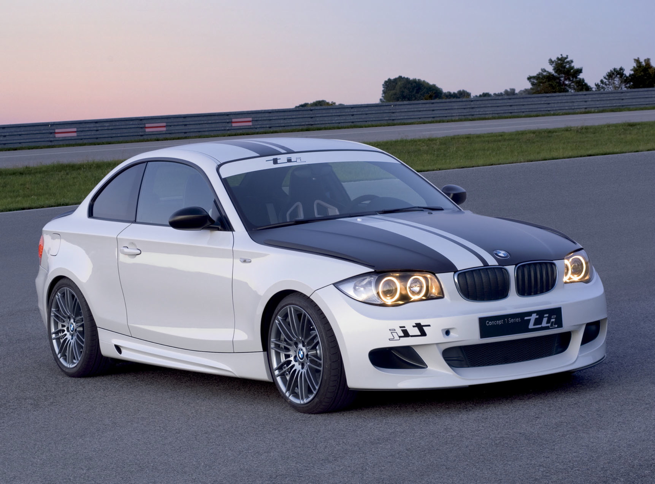 2010 BMW 135i Sport At the