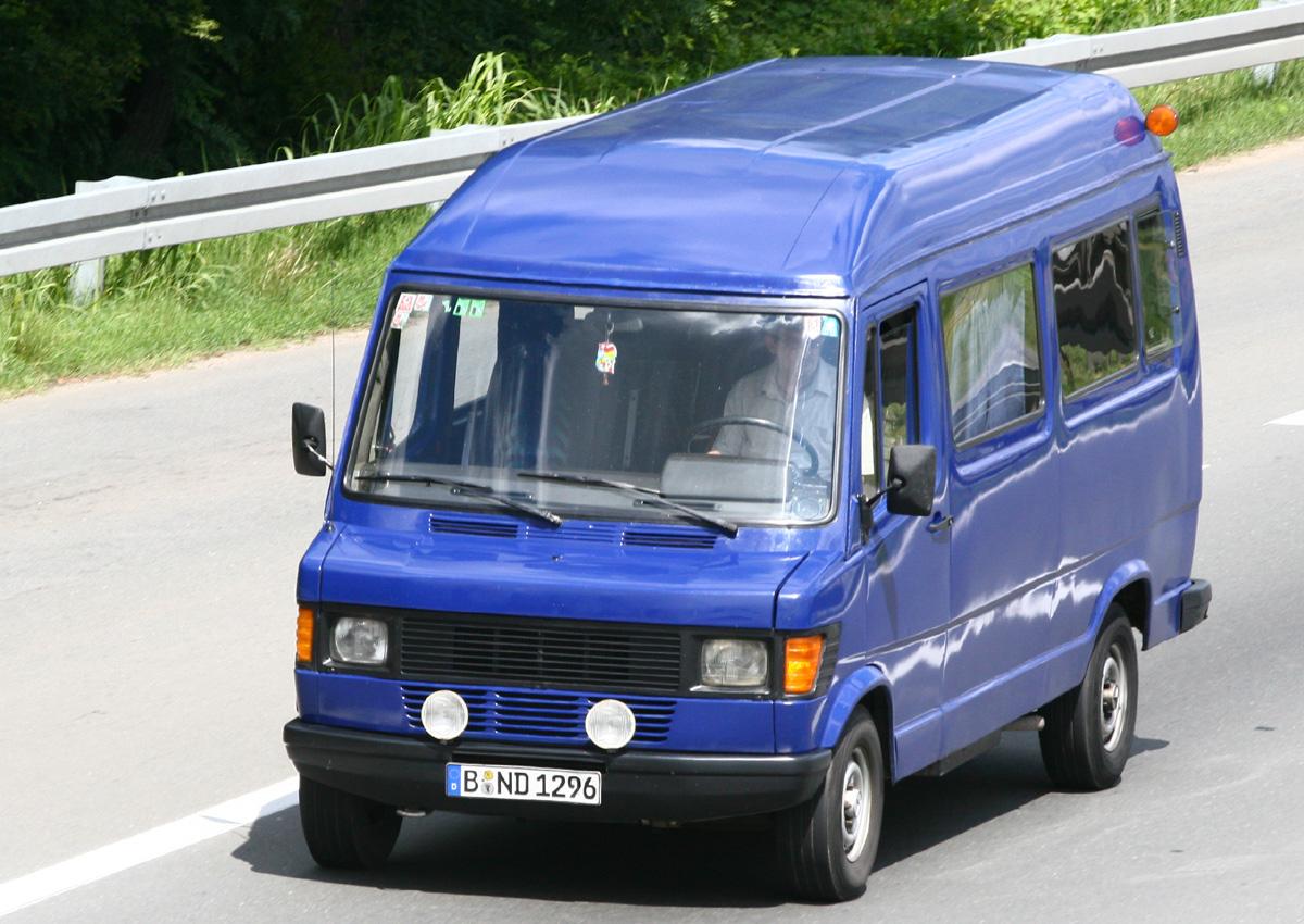 тех характеристики микроавтобуса мерседес 307д капли осядут