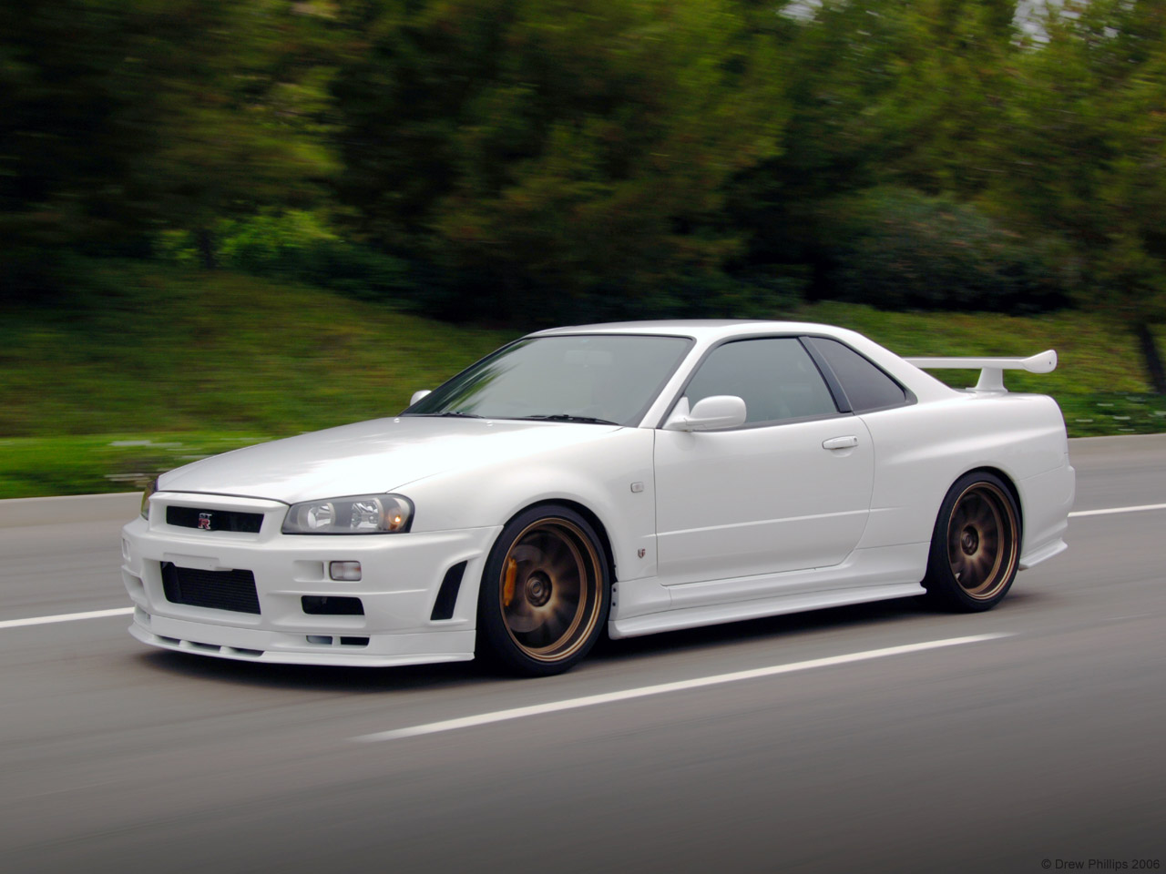 Nissan Skyline R34 HD Wallpaper