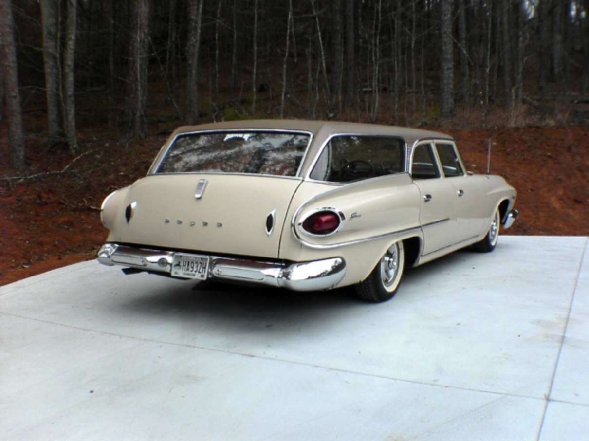 1961 dodge seneca wagon