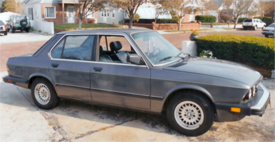 1988 BMW 528e - It has 93k miles on it. It's gray, 6 cylinder,