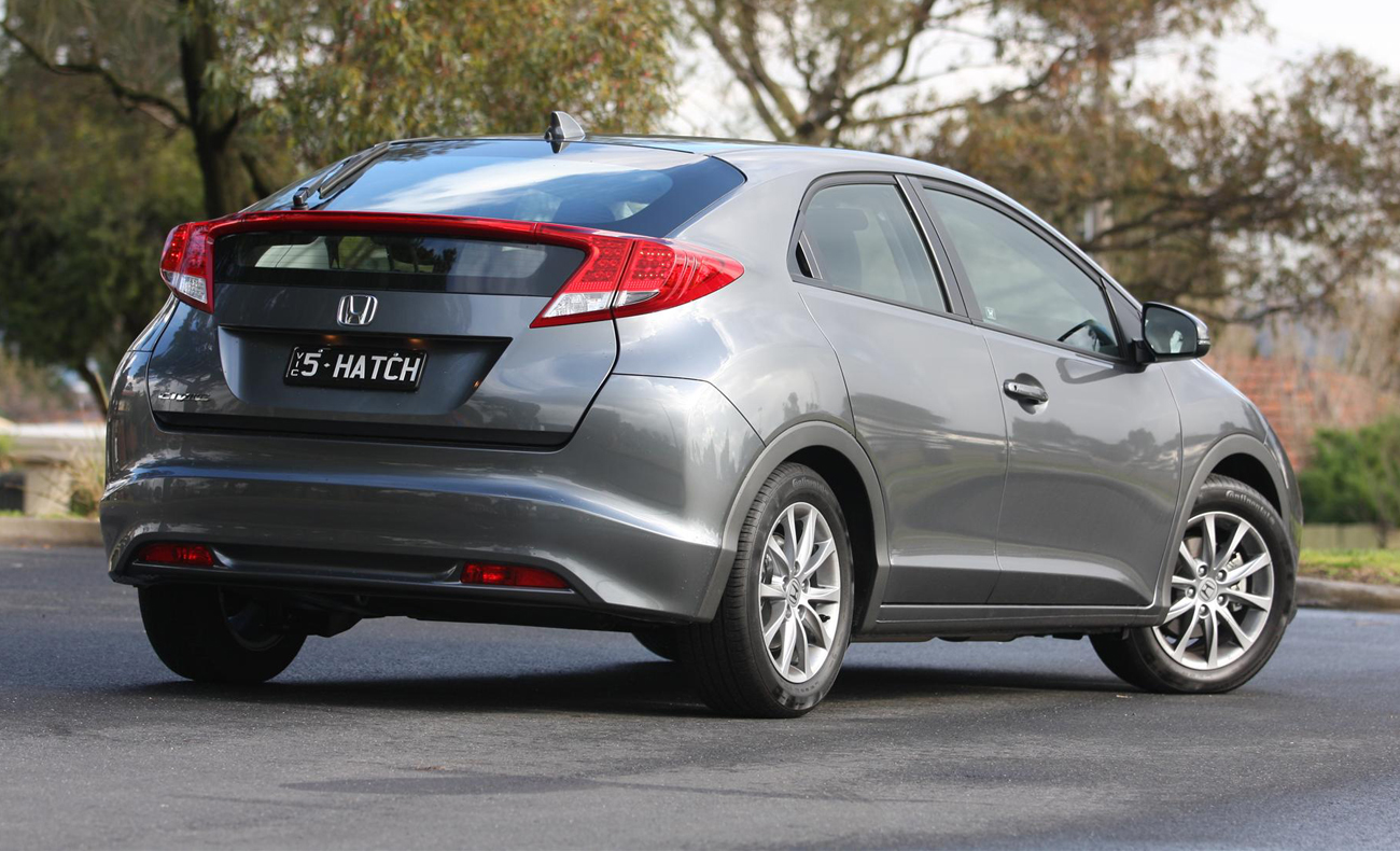 Honda Civic Hatch Review | 2012 VTi-S Manual | Reviews | Prices | Australian