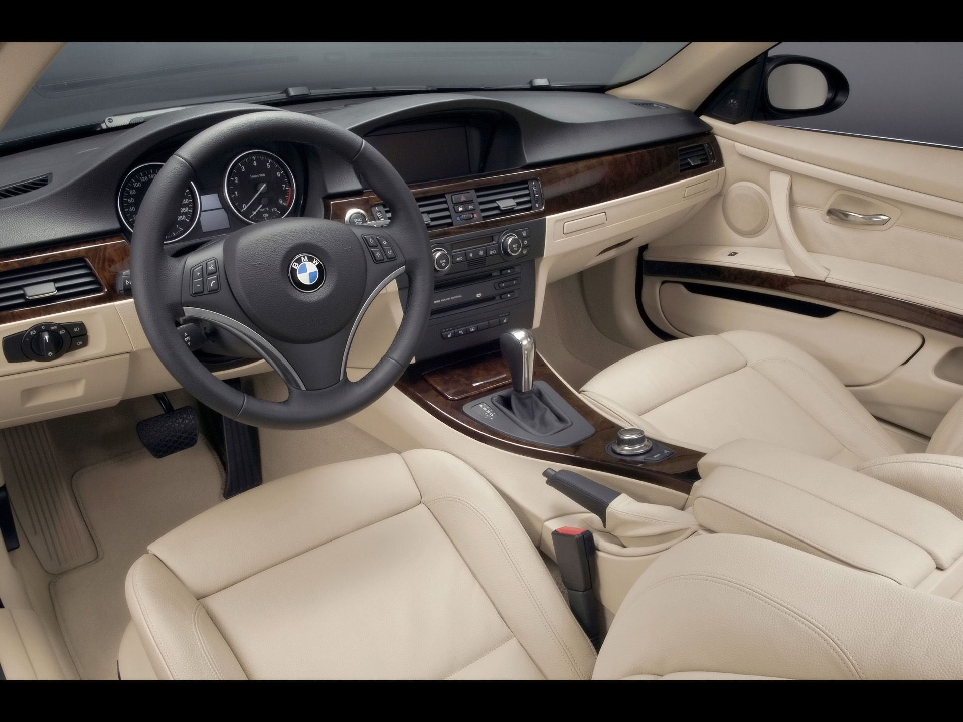 2007 BMW 335i Coupe - Cockpit - 1920x1440 Wallpaper. Image Credits - BMW