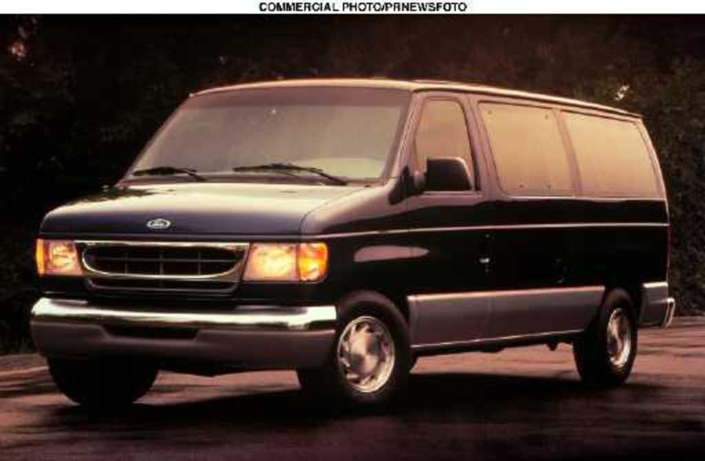 TopWorldAuto >> Photos of Ford Club Wagon XLT - photo galleries