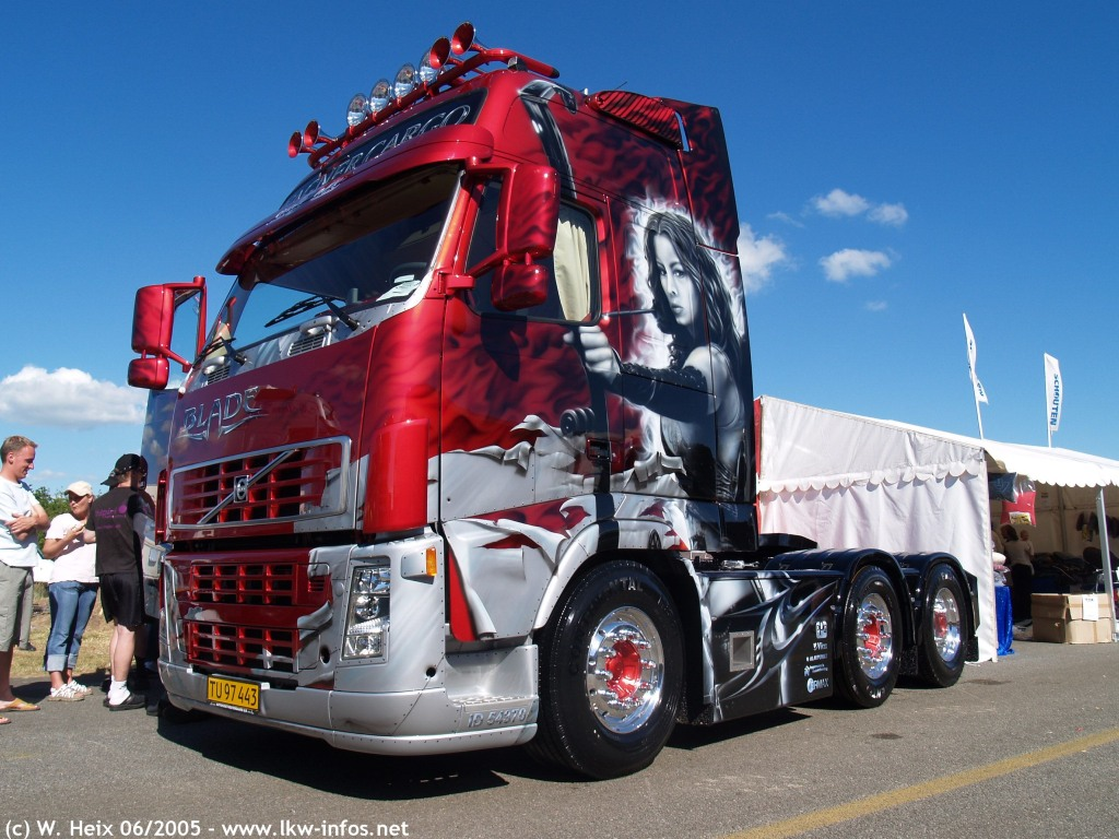 Volvo FH12. View Download Wallpaper. 1024x768. Comments