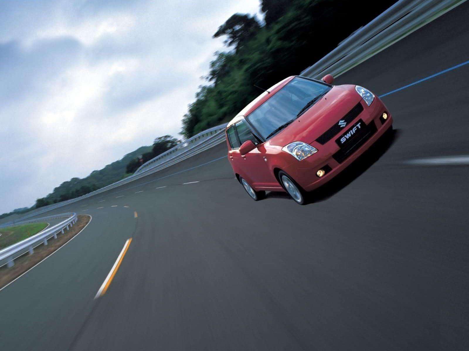 Suzuki Swift VVT 2005