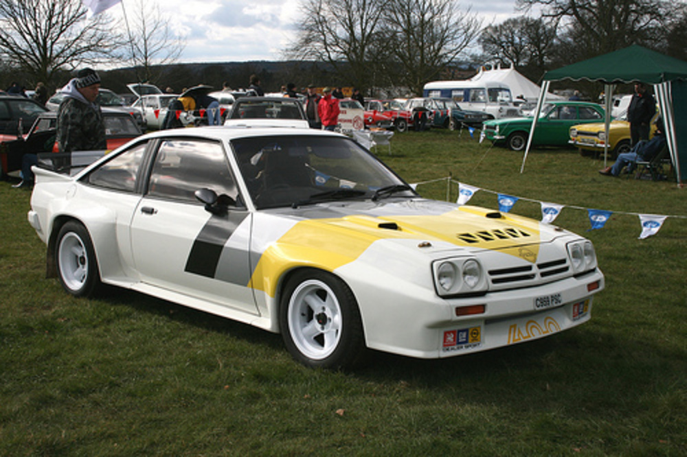 topworldauto photos of opel manta 400 photo galleries. Black Bedroom Furniture Sets. Home Design Ideas