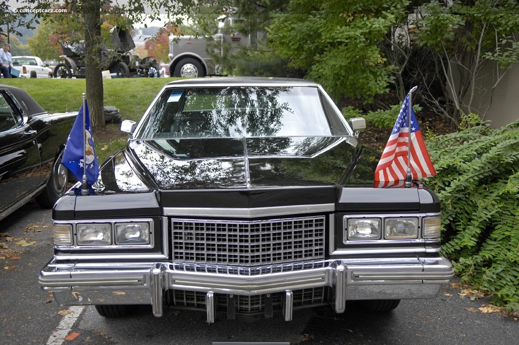 1976 Cadillac Fleetwood Sixty Special Brougham Images, Information and
