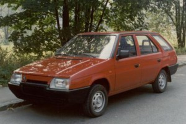 The five-door SKODA Forman estate was (the same as the SKODA Pick-up utility
