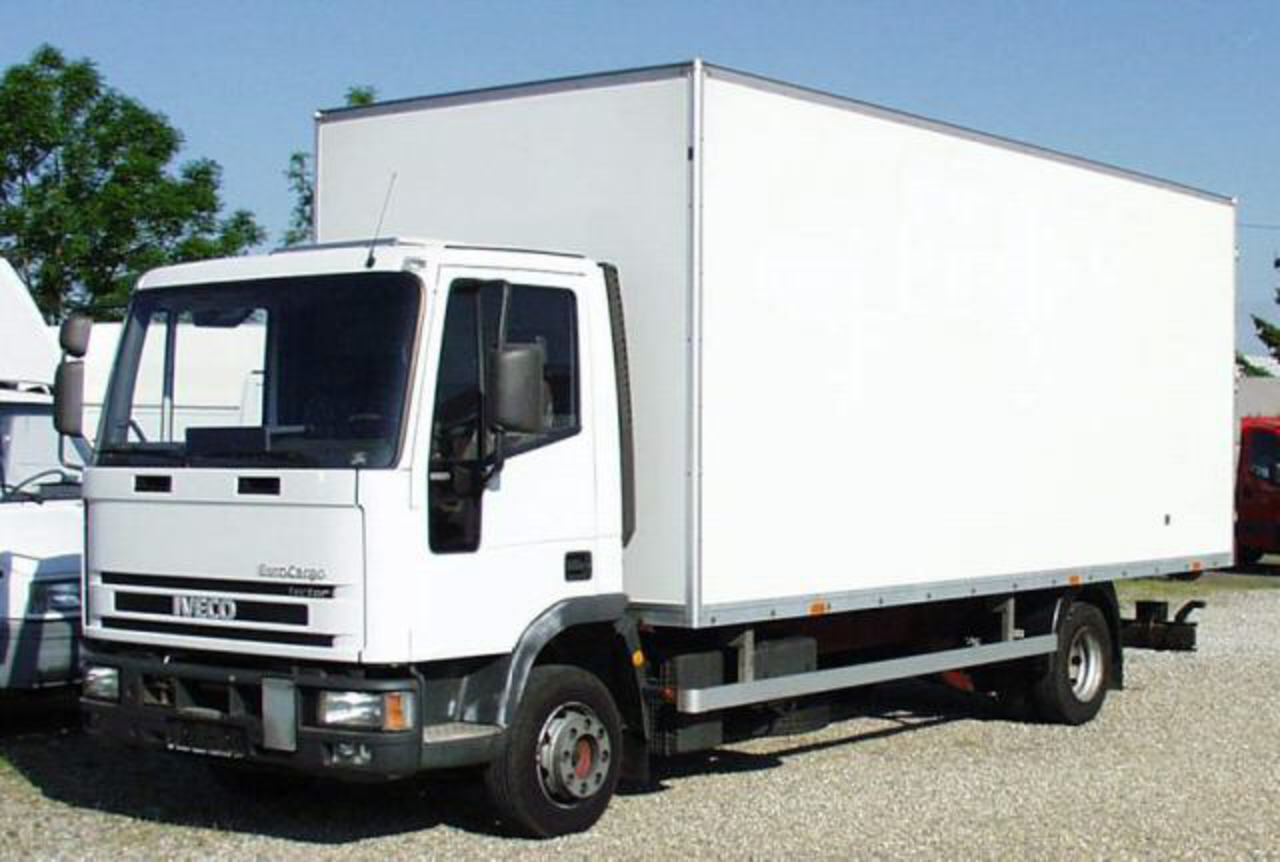 File:2002 Iveco Eurocargo.JPG. No higher resolution available.