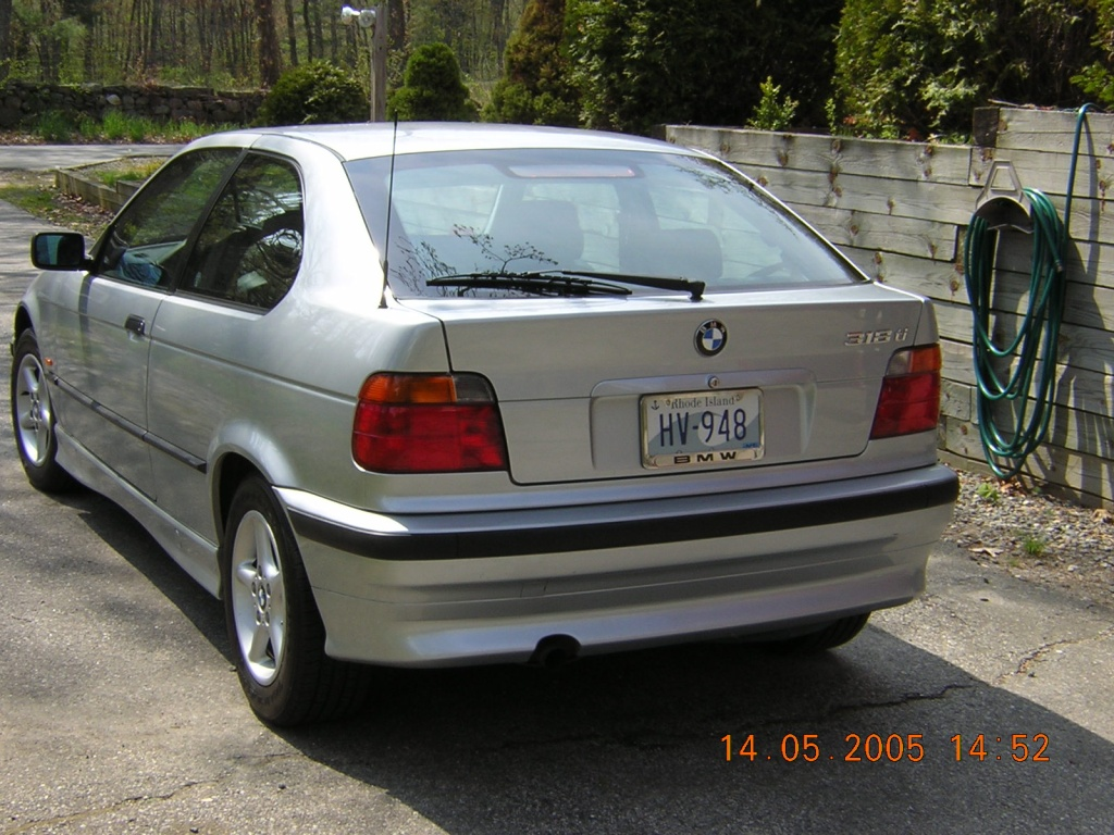transpixel, back-view-bmw-318