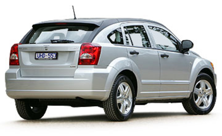 September 1999 - July 2002 Dodge Caliber SXT CRD 5-dr hatch Rear shot