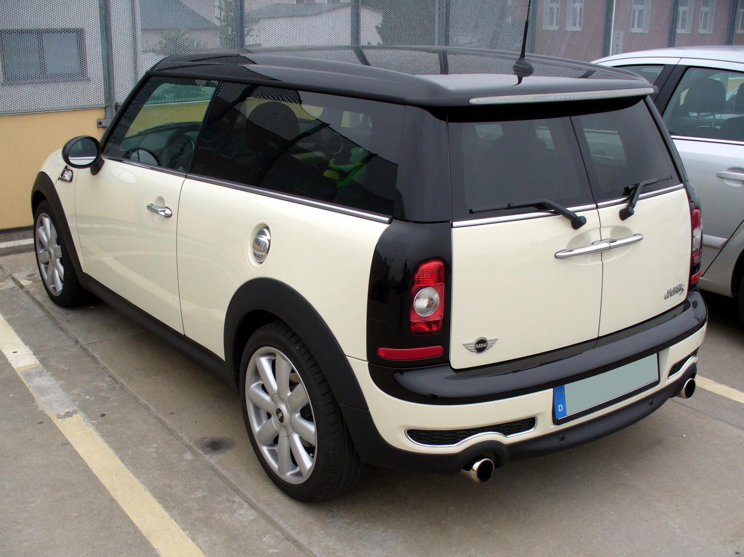 File:Mini Cooper S Clubman Pepperwhite Heck.JPG - Wikimedia Commons