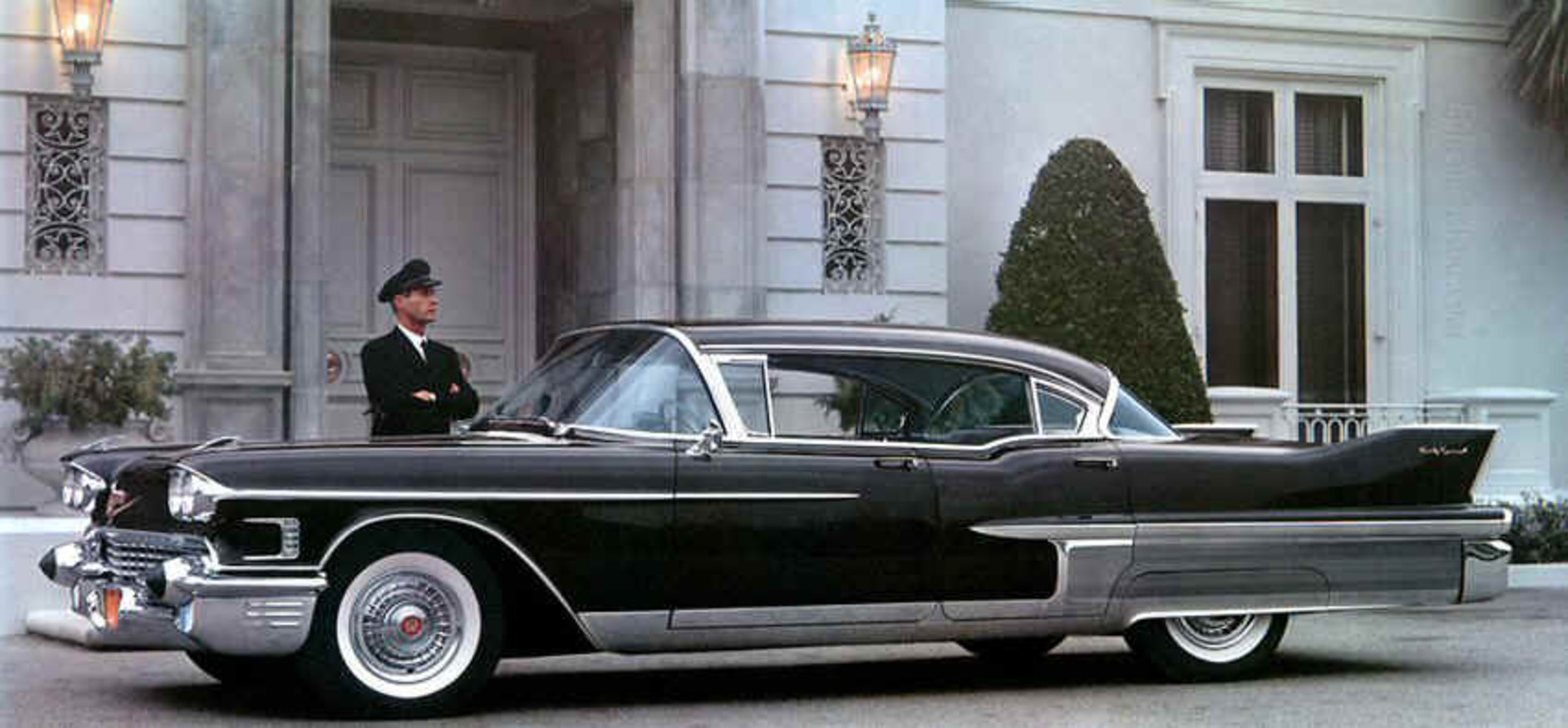 Cadillac Fleetwood 60 Special Brougham - cars catalog, specs, features,