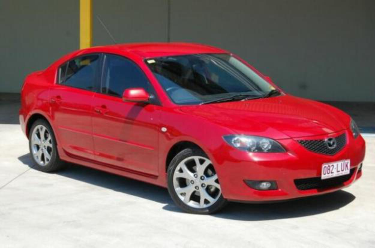 Pictures of 2005 Mazda 3 BK Maxx Sport Red 4sp A Sedan