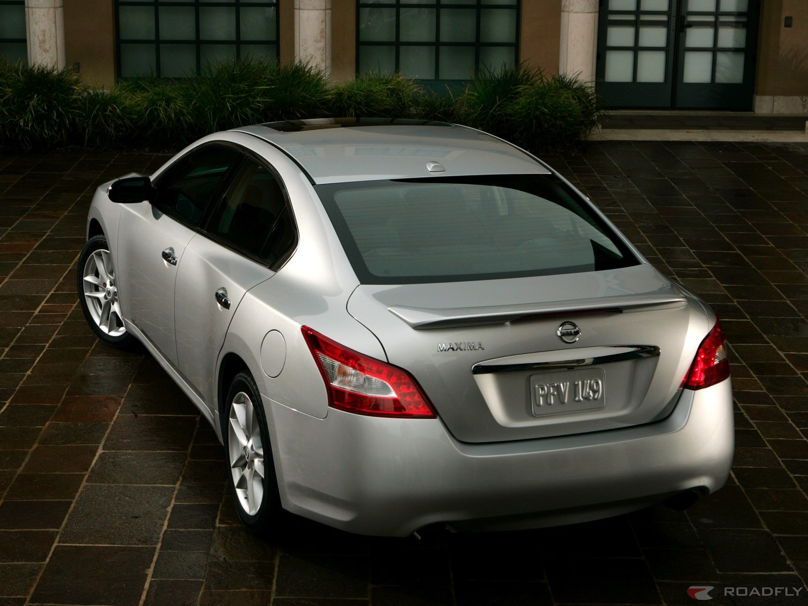 2009 Nissan Maxima Gets A Makeover