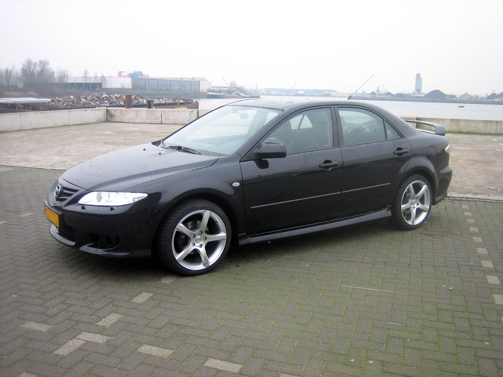 On this page we present you the most successful photo gallery of Mazda 6 18