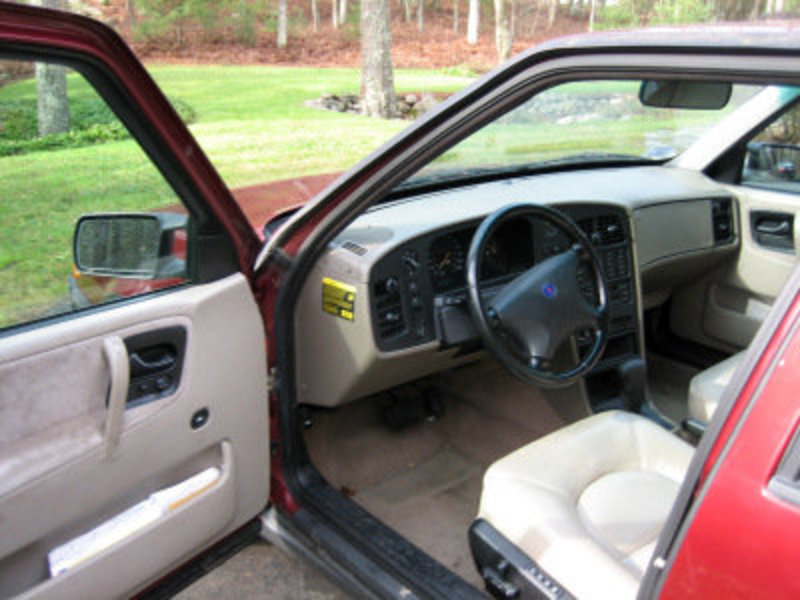1996 SAAB 9000 CS. She needs a little this and that [brakes,