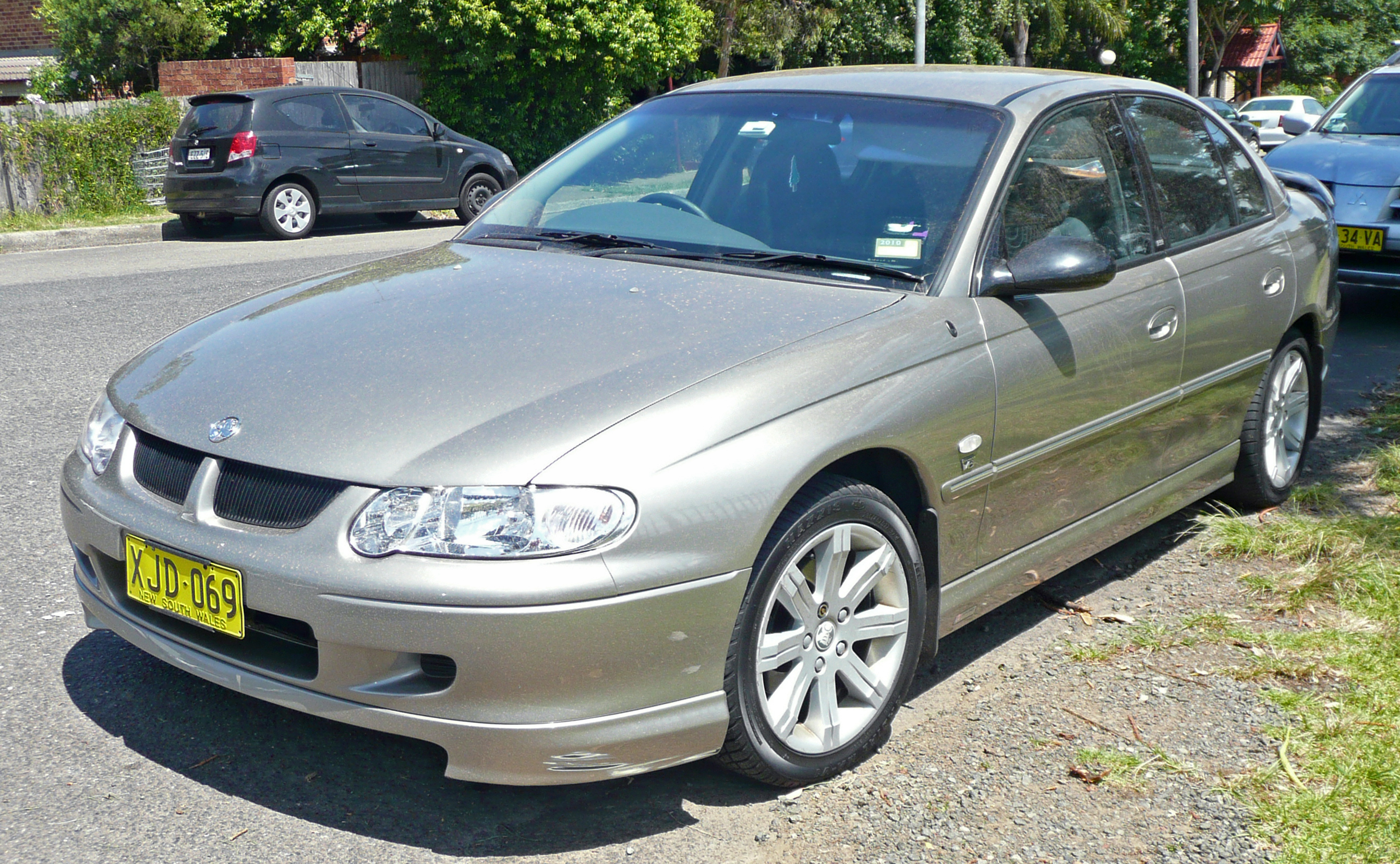 File:2001 Holden VX Commodore Equipe HDB sedan 01.jpg