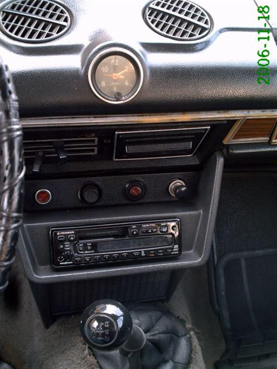 TopWorldAuto >> Photos of Lada 1600 - photo galleries