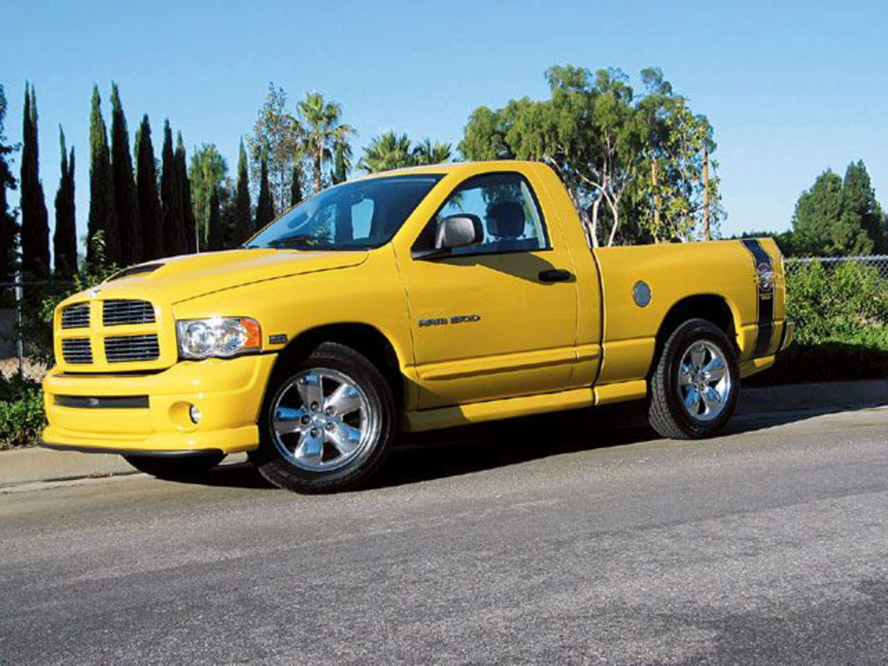 Topworldauto Photos Of Dodge Ram 1500 Slt Rumble Bee Photo 2005 Srt 10 Wiring Diagram Huge Collection Cars Auto News And