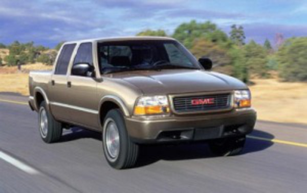 2002 GMC Sonoma 4dr Crew Cab SLS 4WD SB. To appraise a vehicle,