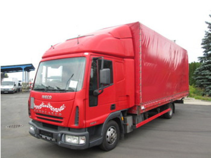 Iveco 75E15 Eurocargo curtainsider van/truck under 7,5t : Picture 1