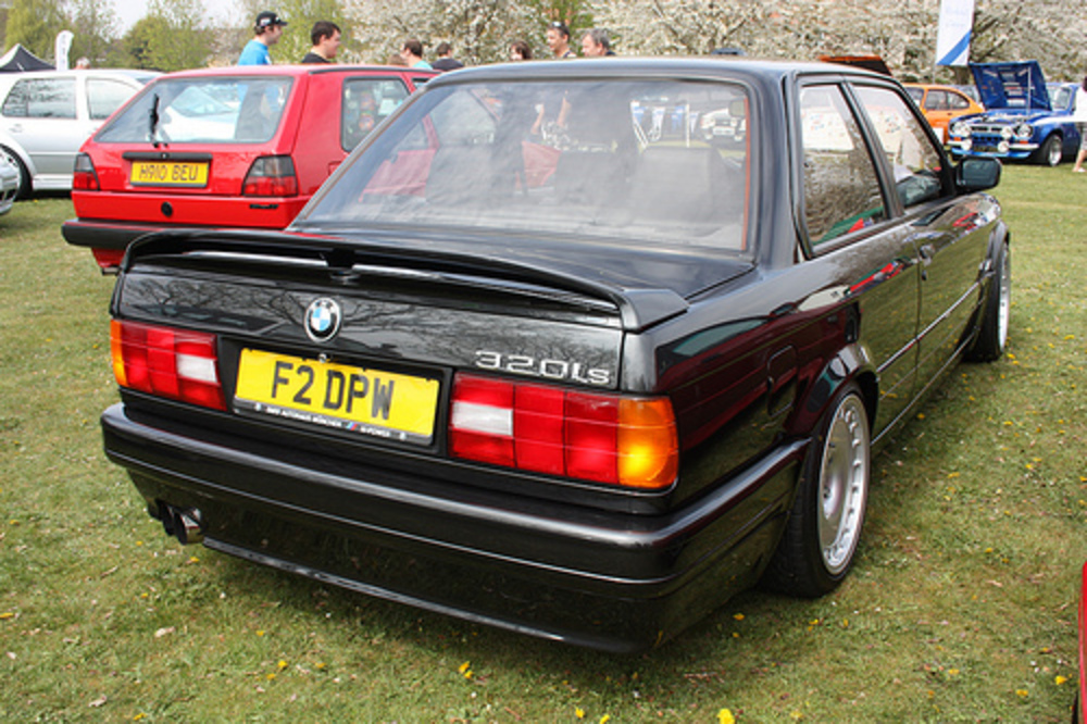 1989 BMW 320iS E30. These are very rare in the UK as they were never