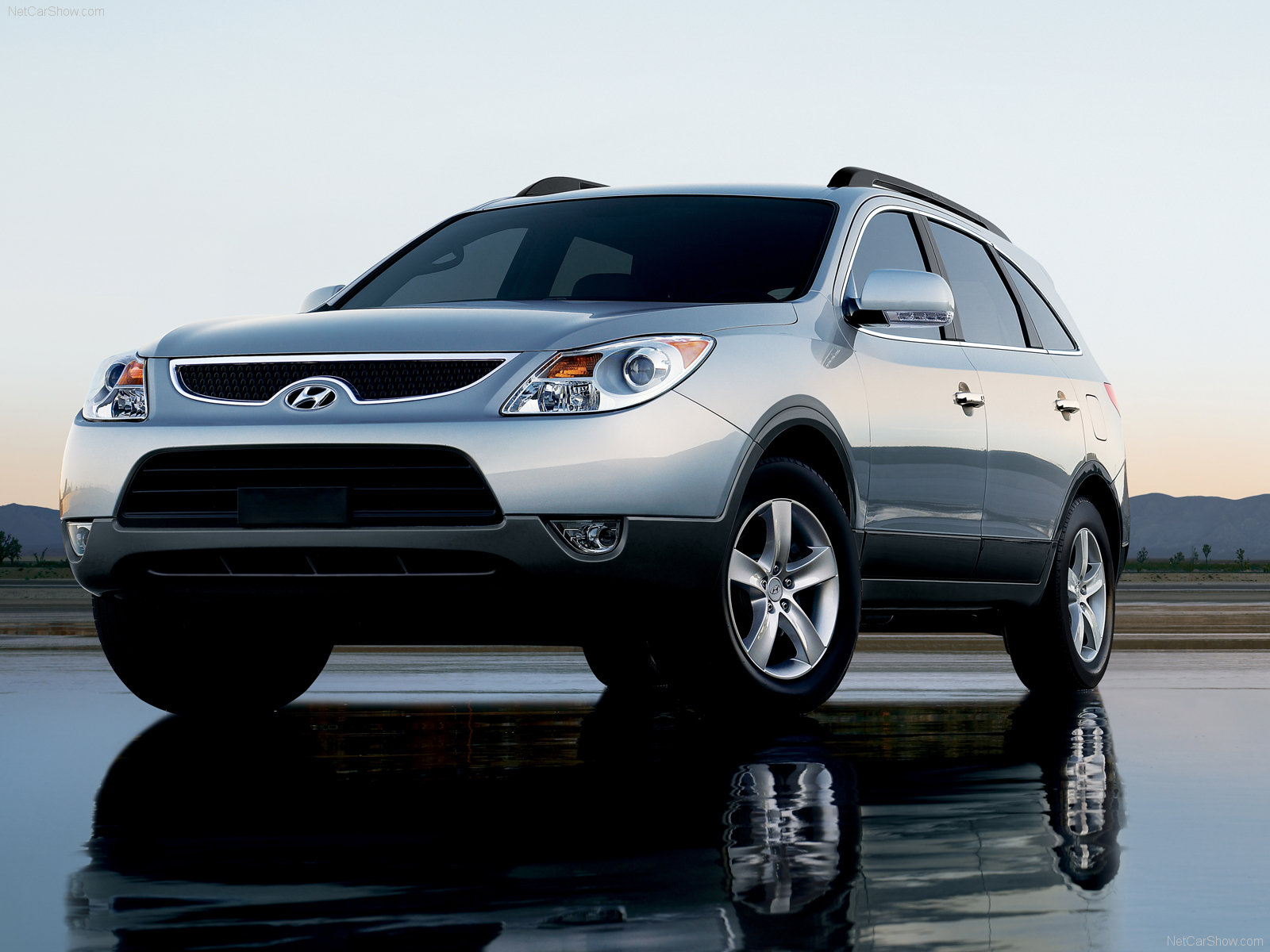 Download below a high quality Hyundai Veracruz wallpapers in wide range of