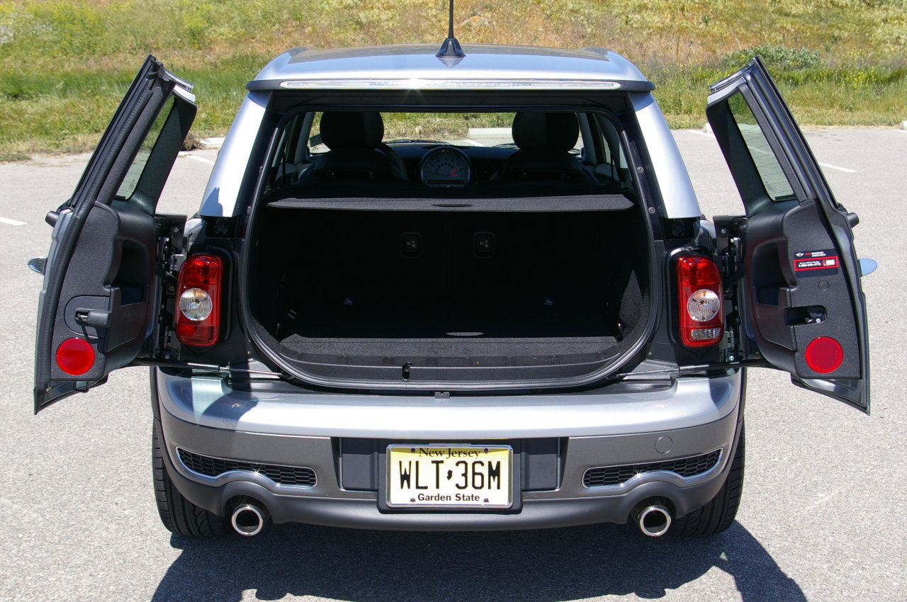 2008 MINI Cooper Clubman barn doors