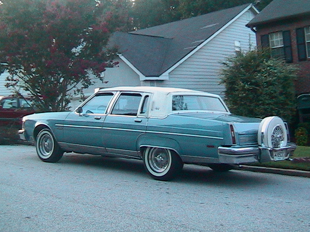 1980 OLDSMOBILE 98 REGENCY. COLOR: SKY BLUE / WHITE. CUSTOMIZATIONS: