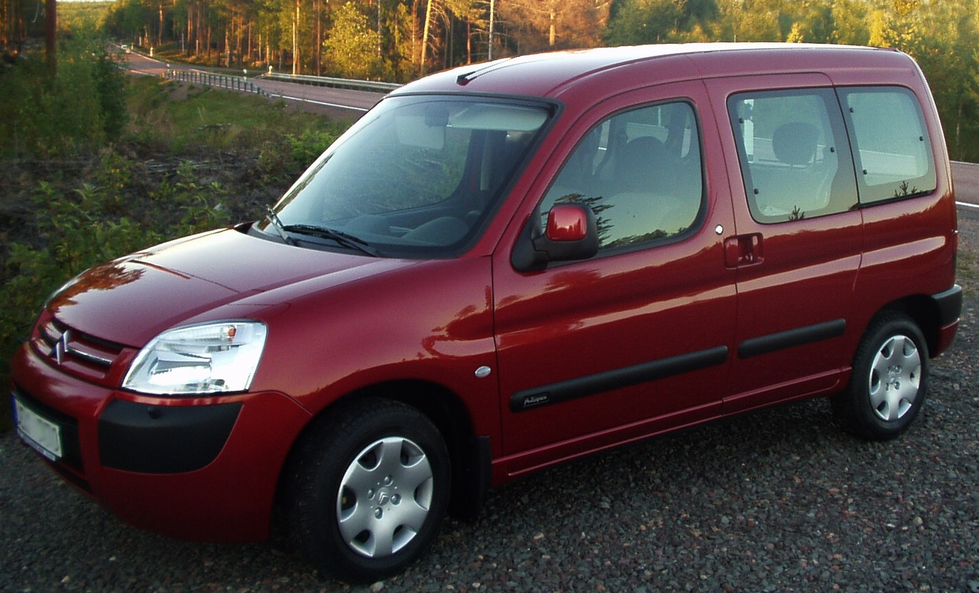 File:Citroën Berlingo.jpg