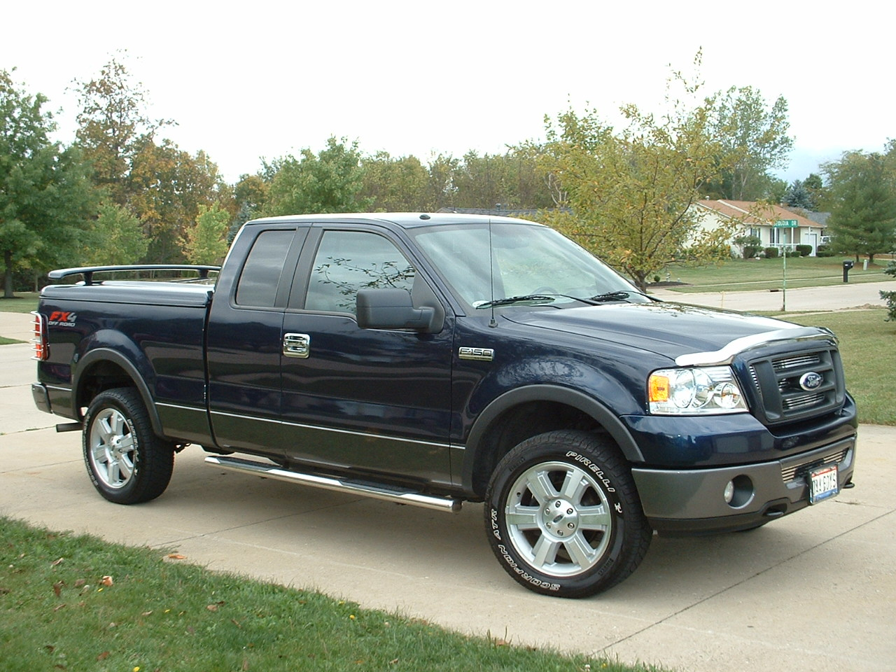 2006 Ford F-150 FX4 4dr SuperCrew 4WD Styleside 6.5 ft. LB picture,