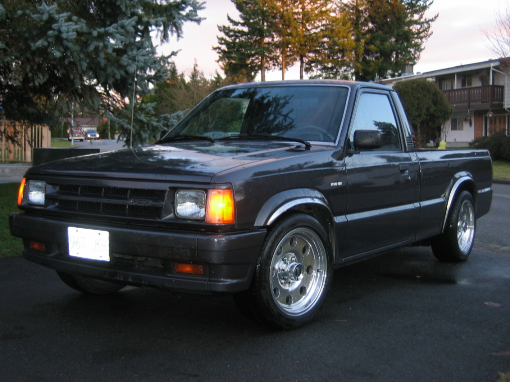 1990 Mazda B-Series Pickup 2 Dr B2200 Standard Cab LB picture