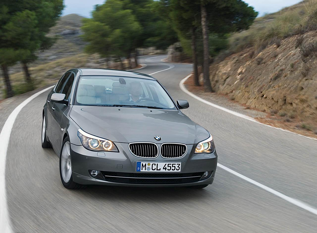 BMW 520i - huge collection of cars, auto news and reviews, car vitals,