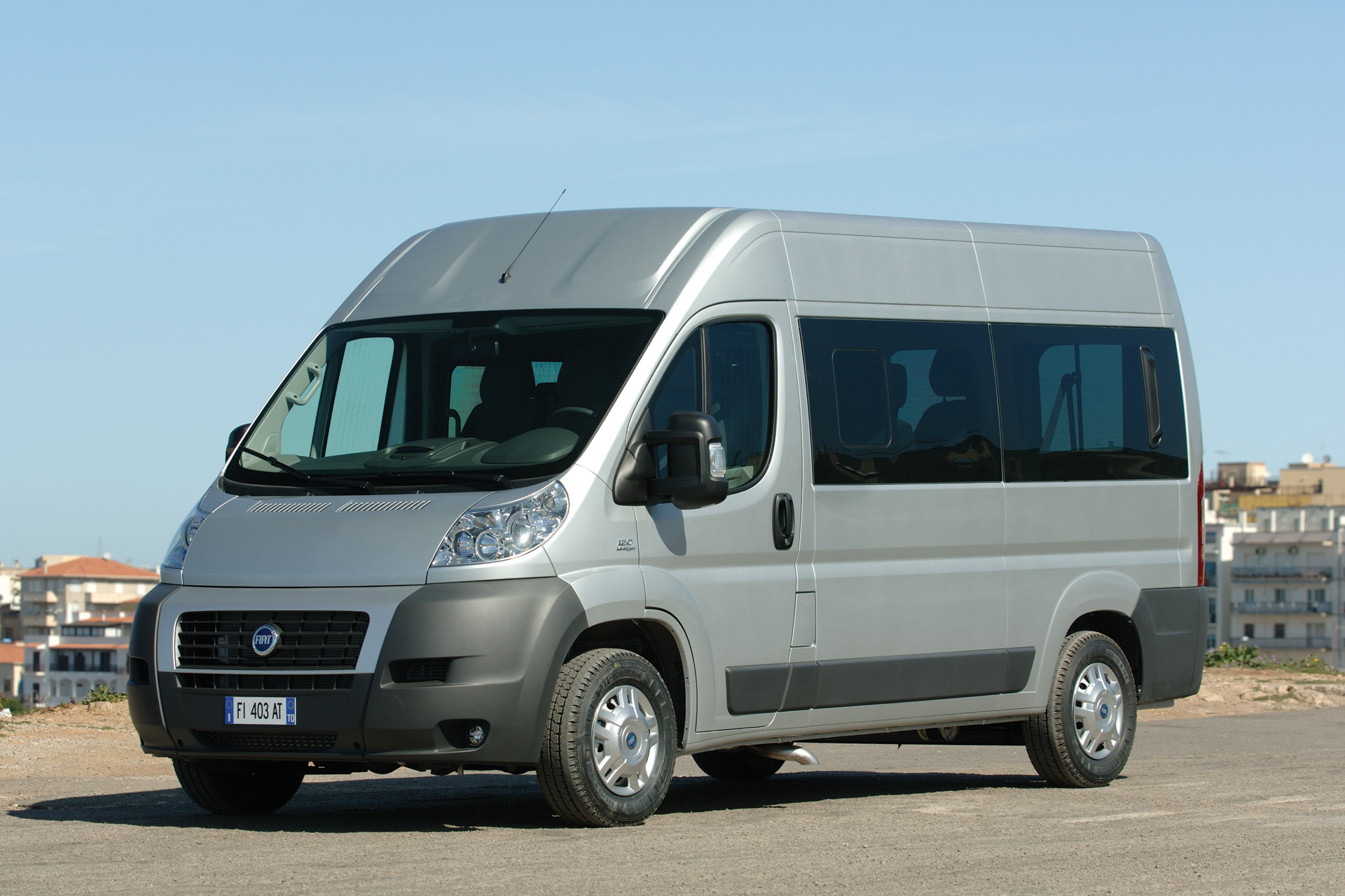 You can vote for this Fiat Ducato photo