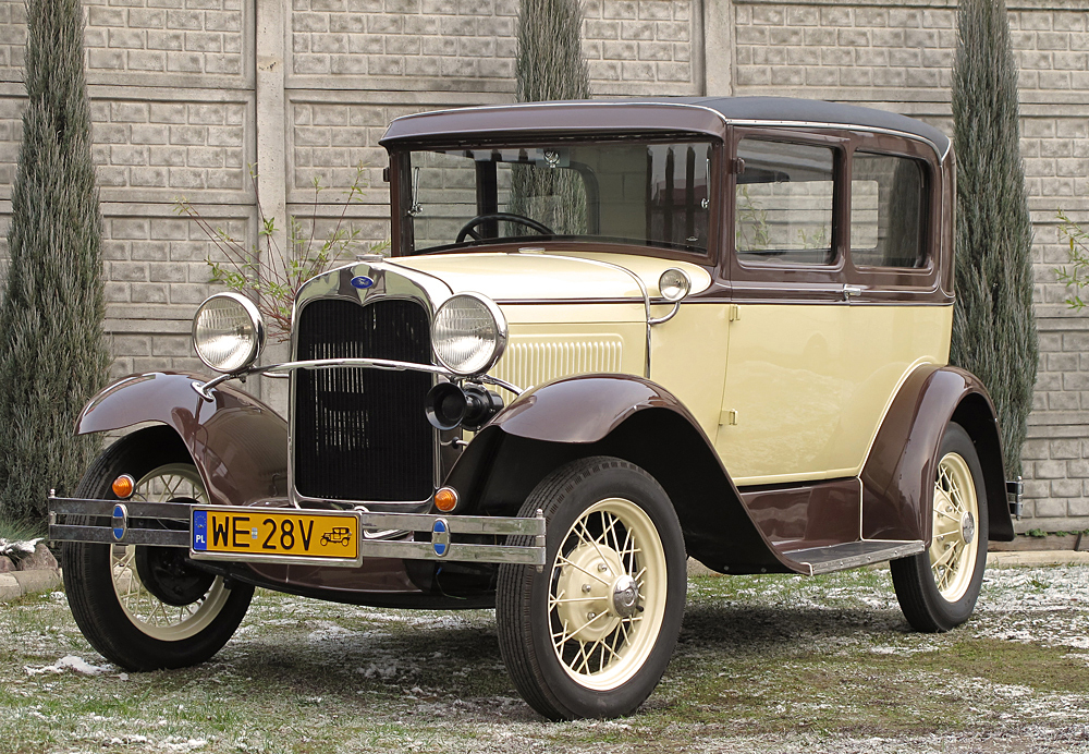 The Ford model A was introduced in 1928 as a replacement for the famous