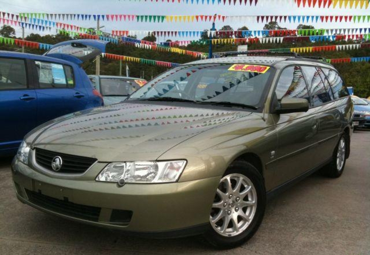 HOLDEN COMMODORE EQUIPE VY 2003 in BURLEIGH HEADS, Queensland For Sale