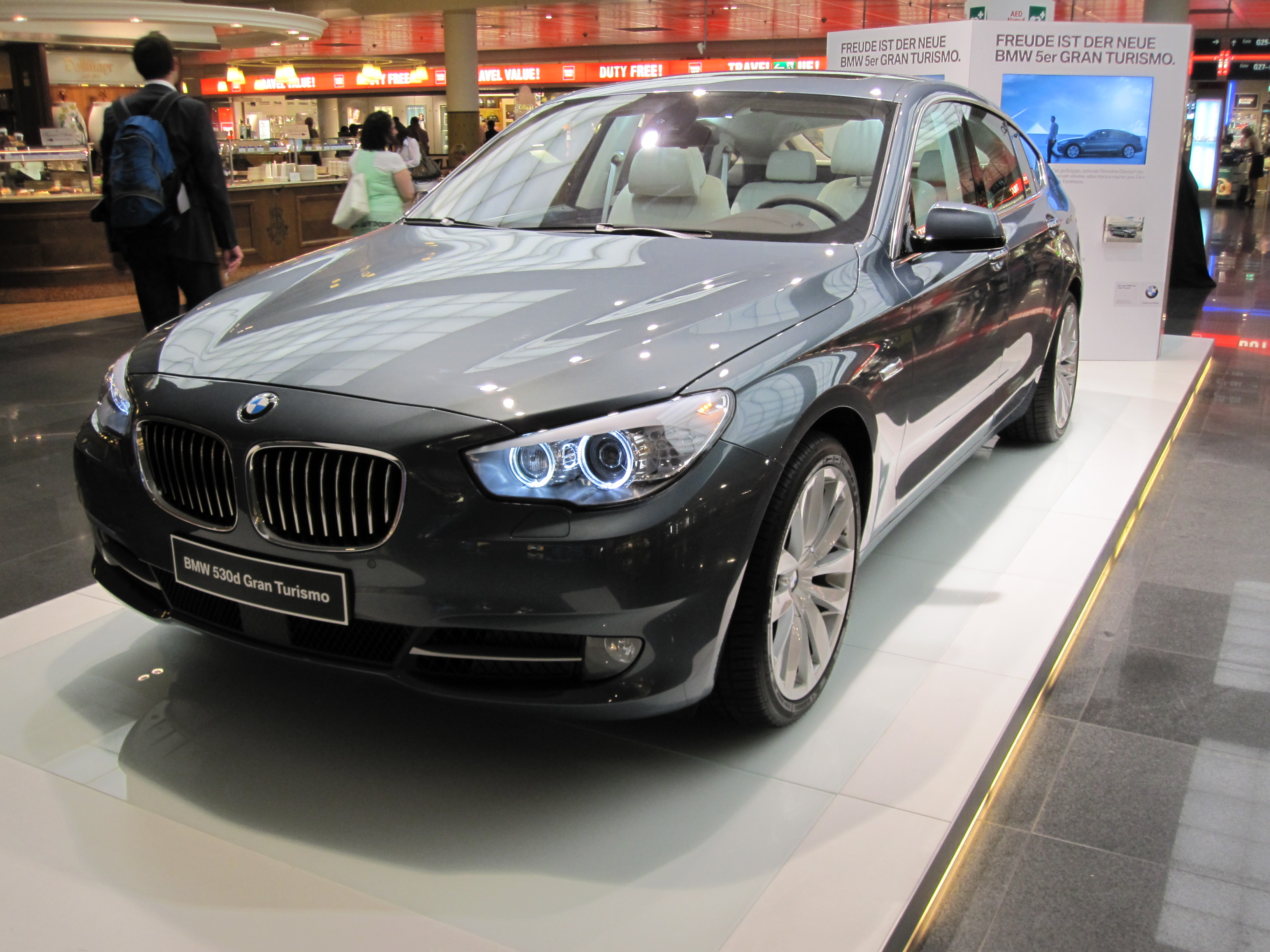 BMW 530d GT. We will have our 5 GT preview article tomorrow and we'll tell