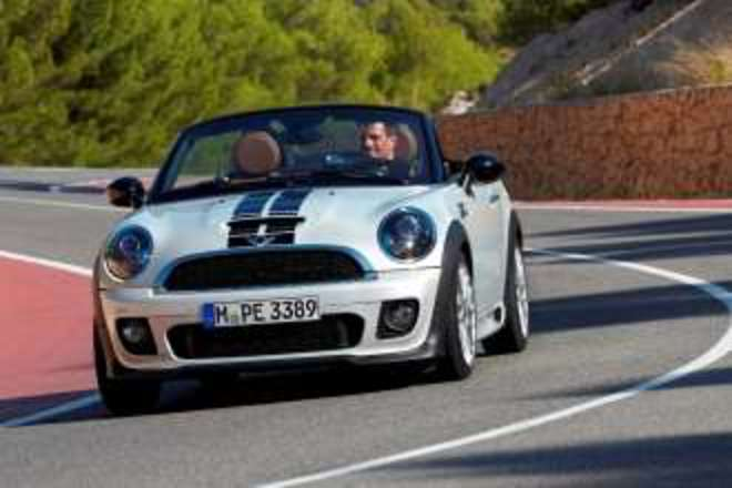 New MINI Roadster has arrived in the Middle East (04/2012)