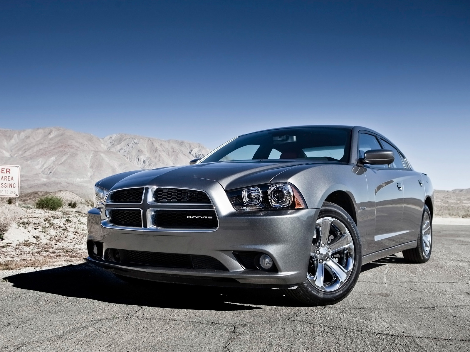 Return to article 2012 Dodge Charger R/T